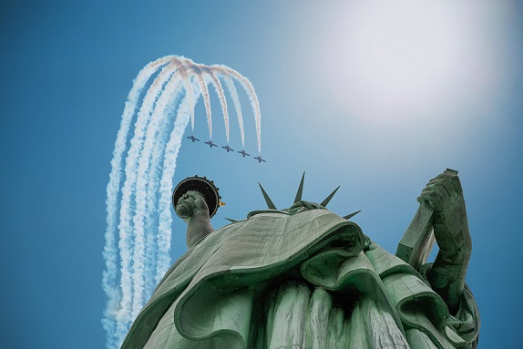 Statue of Liberty Air Plane United We Stand
